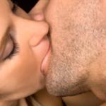 Как научиться целоваться в засос