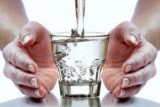 Заговор на воду от болезней и проклятий