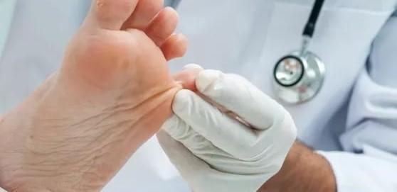 Кто такой врач подолог, и что он лечит?