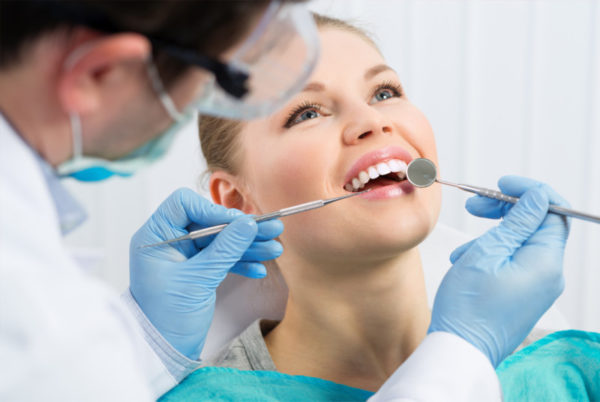 Когда обращаться к стоматологу-хирургу, и как происходит прием?