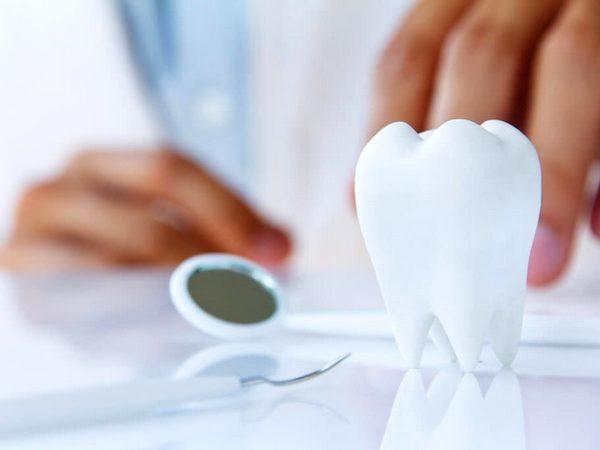 Какие задачи и проблемы решает терапевтическая стоматология?