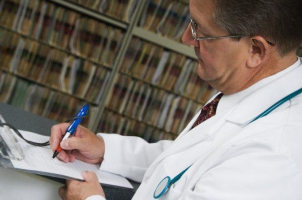 Справка о болезни: как и где ее получить?