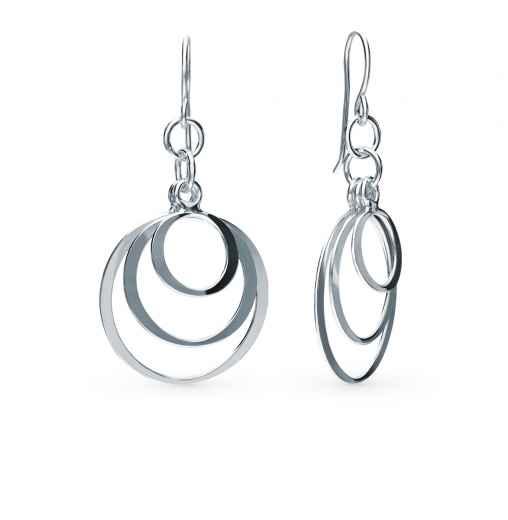 Серебряные серьги – превосходное украшение для каждой женщины